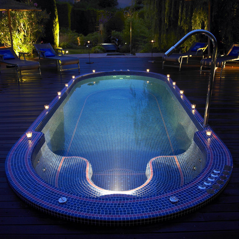 Piscine-Hydrothérapie---Hydrotherapy-Pool-(1)