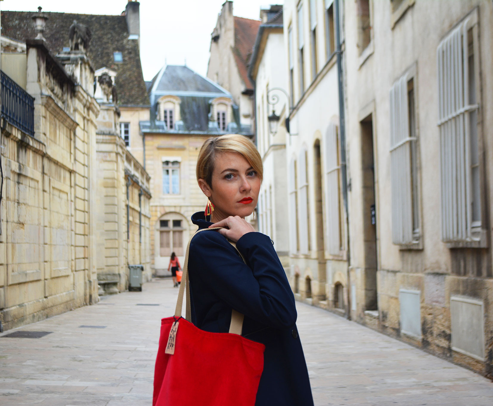 Look Red Cécile Na - dijon