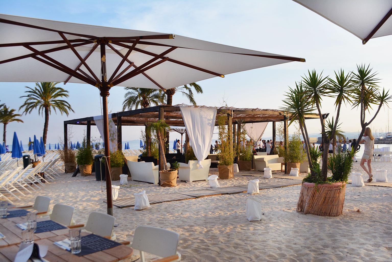 Les soir es bbq du bay star beach lounge for Use terrace in a sentence